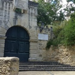 Gites, gite de groupe, Hérault, Montpellier, Mourèze, Pézenas, Lodève, Vacances